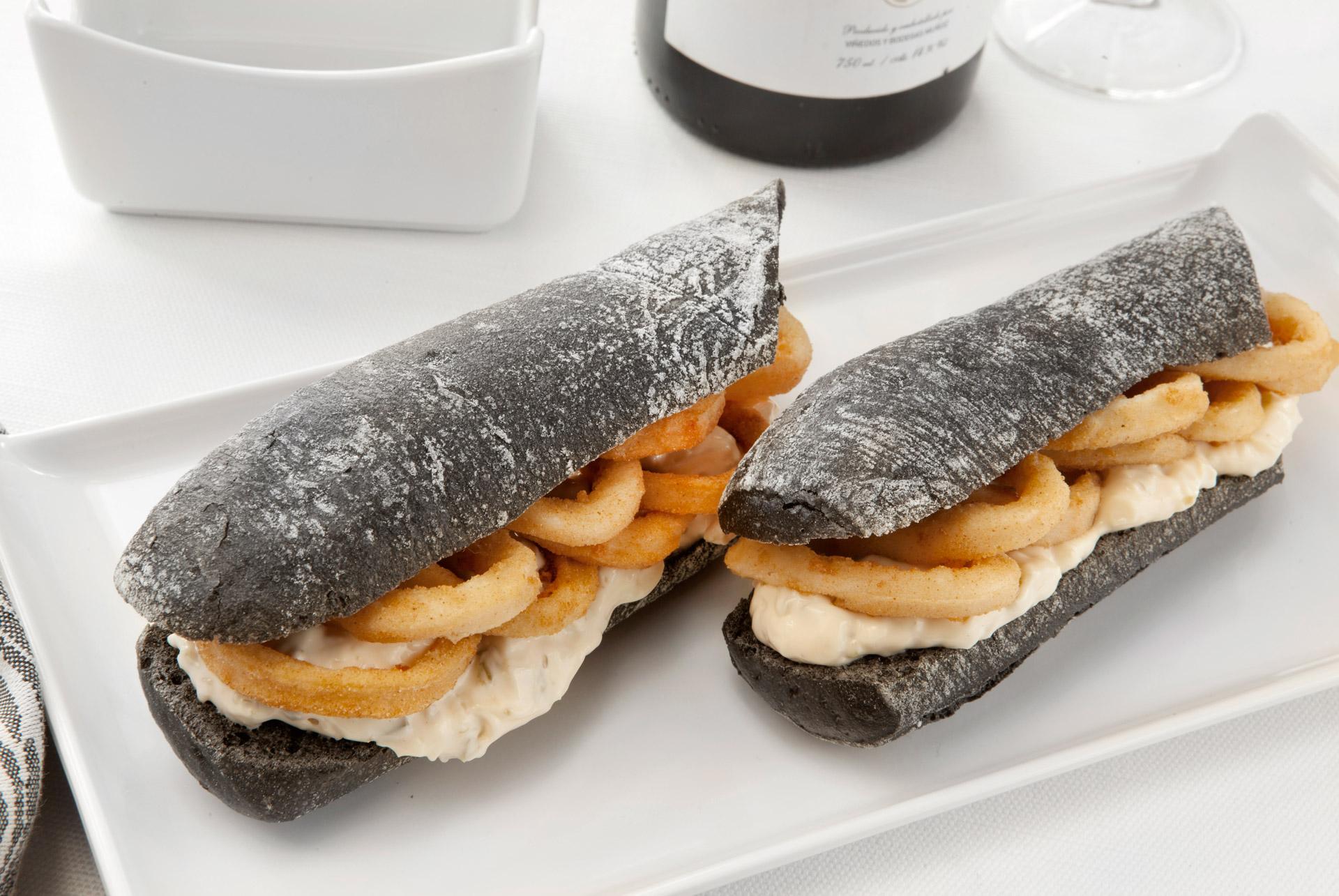 Comer los mejores calamares en Alcorcón Restaurante Casa Santa Cruz