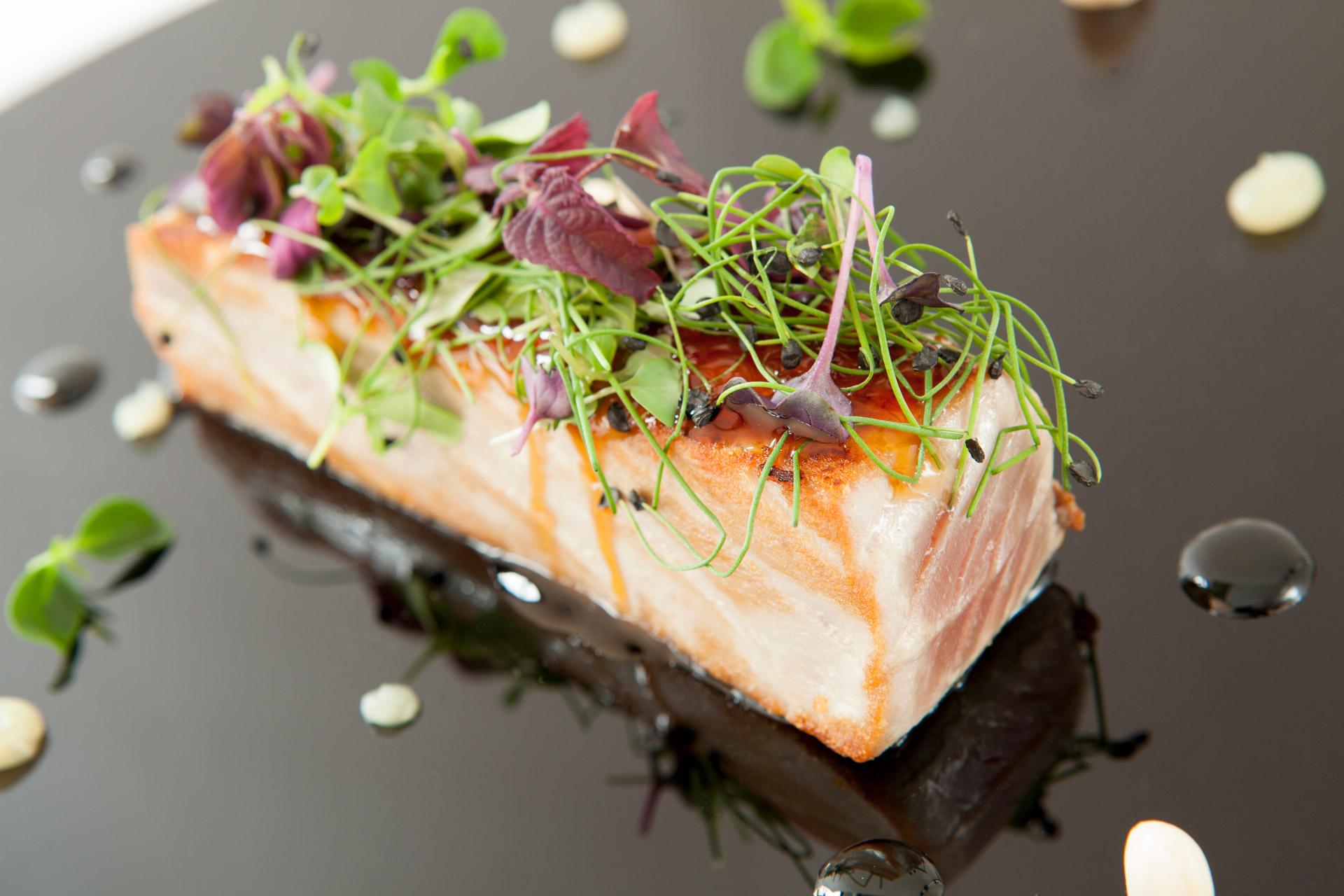 Comer el mejor pescado en Alcorcón Restaurante Casa Santa Cruz